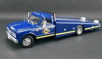 Chevrolet C-30 1967 Ramp Truck Sunoco Racing 1:18 Acme