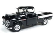 Chevy Cameo 1957 Pick-Up 100th Anniversary 1:18 Autoworld