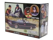 Kit para montagem Batmóvel 1966 com Figuras do Batman e Robin Polar Lights 1:25