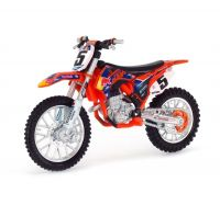 KTM 450 SX-F Red Bull Dirt 5 1:18 Bburago