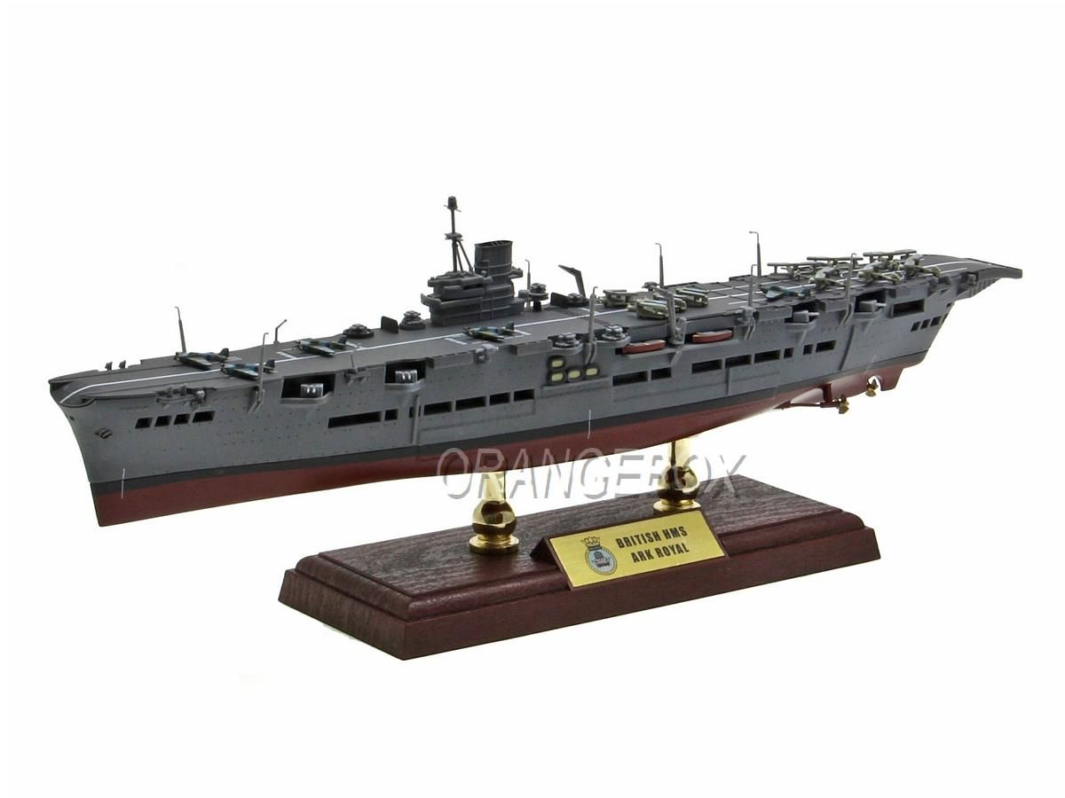 Navio Porta Aviões British HMS Ark Royal Aircraft Carrier (Noruega 1942) 1:700 Forces of Valor