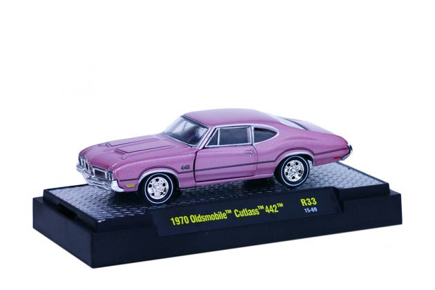 Oldsmobile Cutlass 442 1970 R33 M2 Machines Detroit-Muscle 1:64