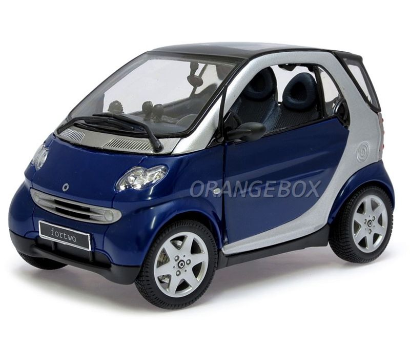 smart fortwo coupe 1 18 maisto azul na orangebox miniaturas. Black Bedroom Furniture Sets. Home Design Ideas
